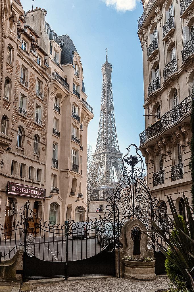 Eiffel Tower, 7th arrondissement, Paris