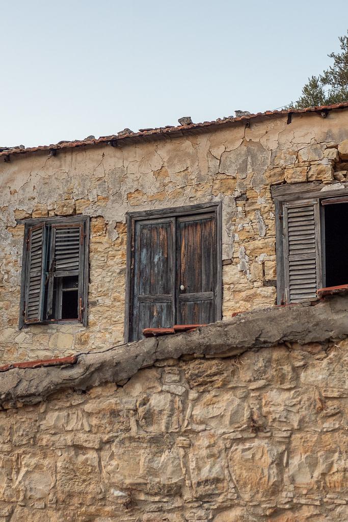 Old house, Lofou